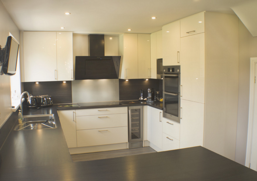 fitted kitchens bolton